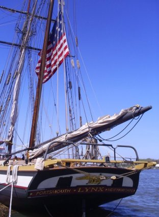 tall ship lynx us flag
