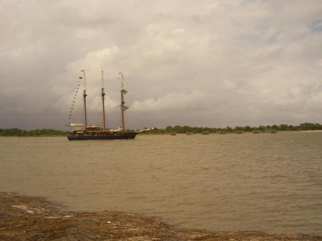 tall ship no sails